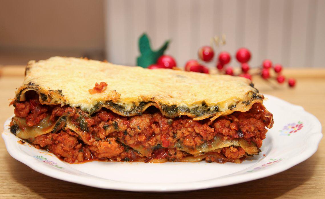 Lasagne z mięsem mielonym i szpinakiem