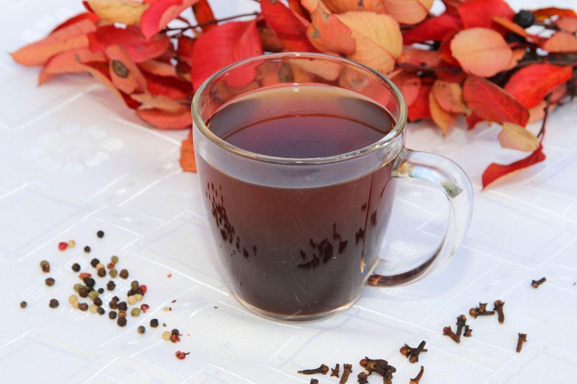 Rozgrzewająca herbata z przyprawami