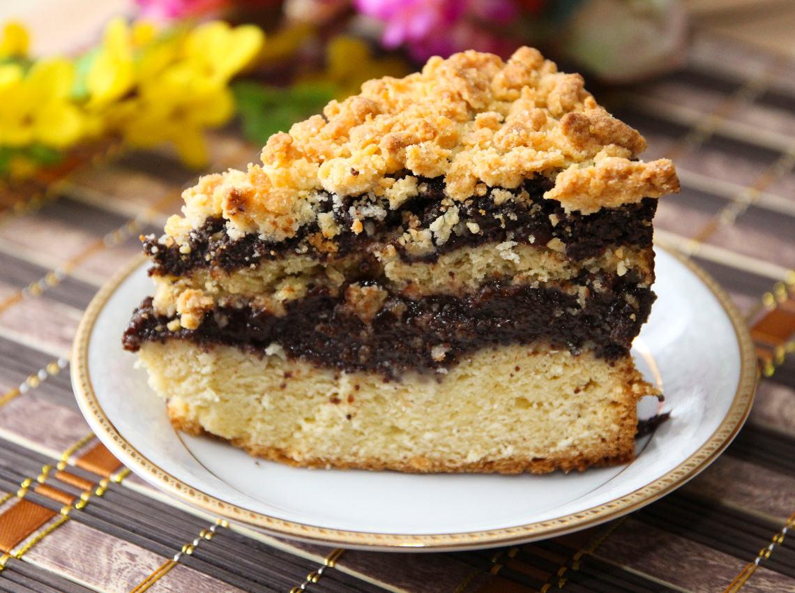 Ciasto drożdżowe z makiem,powidłami i kruszonką