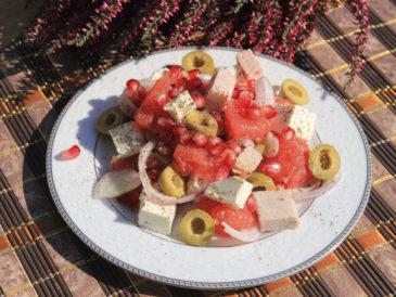 Sałatka z szynki i malin